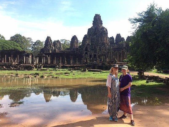 Angkor World Travel & Tours