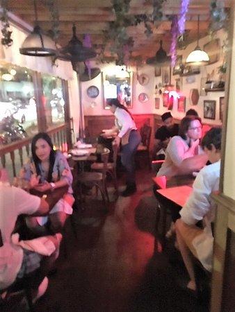 La Ventana Colombian Restaurant: The small interior dining area