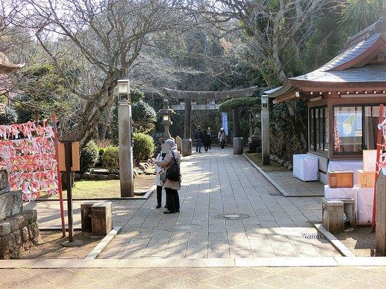 Enoshima Shrine Okutsumiya照片