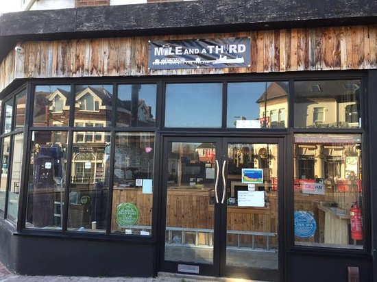Westcliff-on-Sea, UK: Mile and a Third Micropub