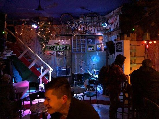 Besarabia Bar