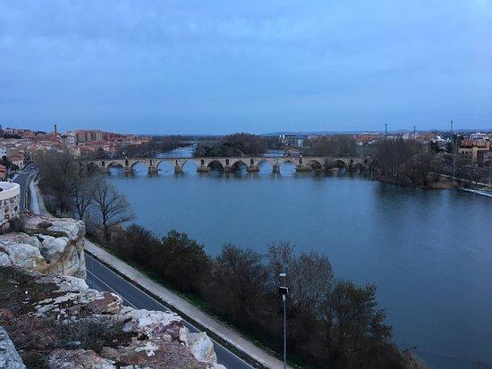 Las mejores vistas sobre el Duero y el puente románico