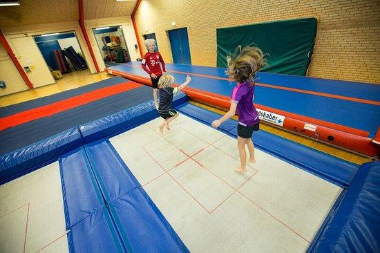 Oksbol, Denmark: Springcenter med trampoliner, springgrave og airtrack