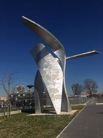 ªThe Wingsª of Daniel Libeskind