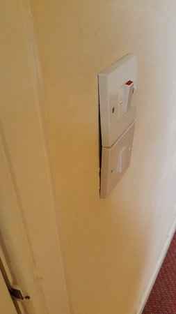 Poorly fitted electrics