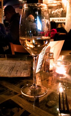 The News Room: Wineglass, tall pour
