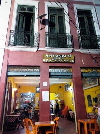 Zortea, SC: Fachada do bar tem aspecto histórico do lugar