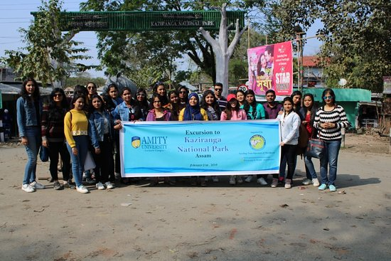 Jorhat, India: Excursion group of Amity University, Lucknow Campus infront of Kaziranga National Park entrance
