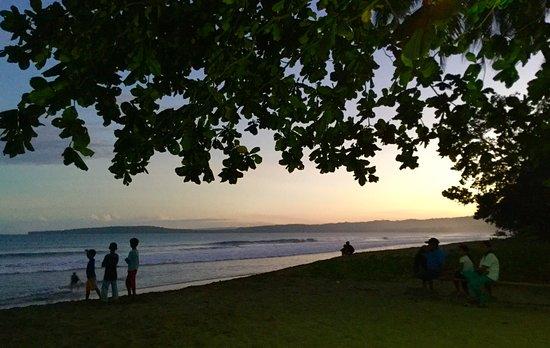 Davao Oriental, Philippines: Sunrise at San Luis Beach