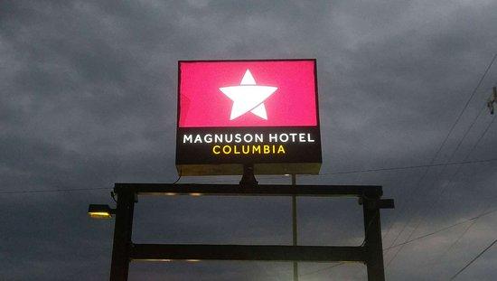 Magnuson Hotel Columbia: MH Columbia Columbia SC Property Exterior