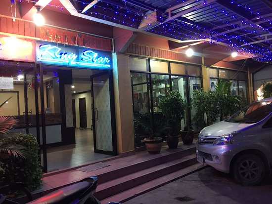 Karimun Island, Indonesia: Hotel King Star in middle of Tanjung Balai city, and  affordable prices , nearby have foodcourt, family karaoke, money changer, many restaurants, indo supermarket.