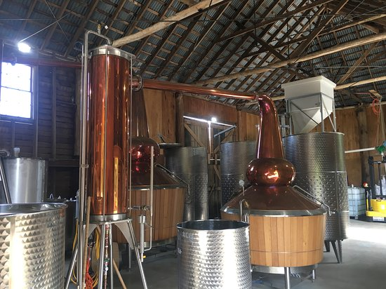 Ouse, Australia: Distilling in progress