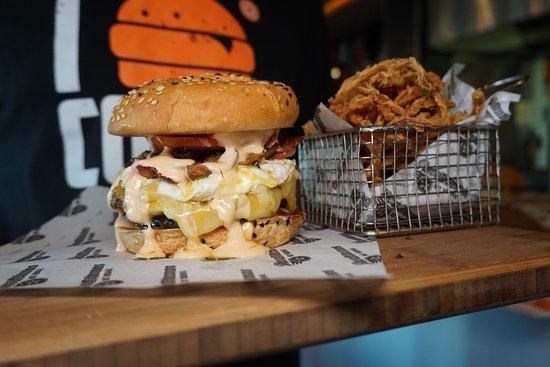 RocoMamas: Smashburger & beer battered onion rings