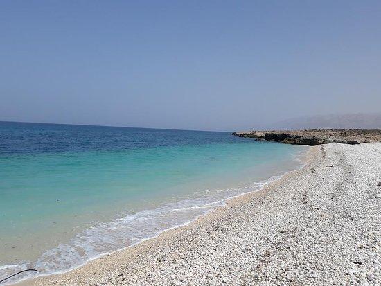 Majan Views Tourism : Fins beach Island Muscat Oman Contact Us: (whatsapp +968-92186640) info@majanviews.com/majanviews@gmail.com Website:www.majanviews.com