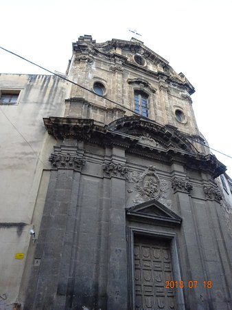 Chiesa del Santissimo Crocifisso all'Olivella