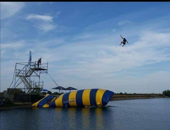 L'As Jump Blob jump