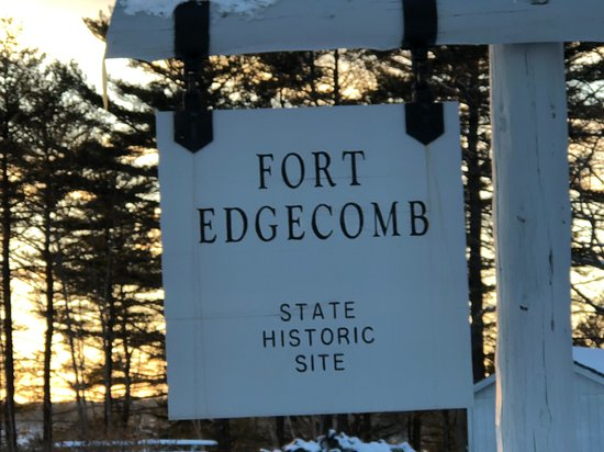 Edgecomb, ME: Sign