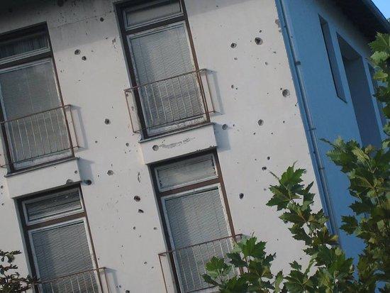 Lipik, كرواتيا: Lipik, ooit een befaamd kuuroord, thans de wonden likkend van de burgeroorlog in 1991