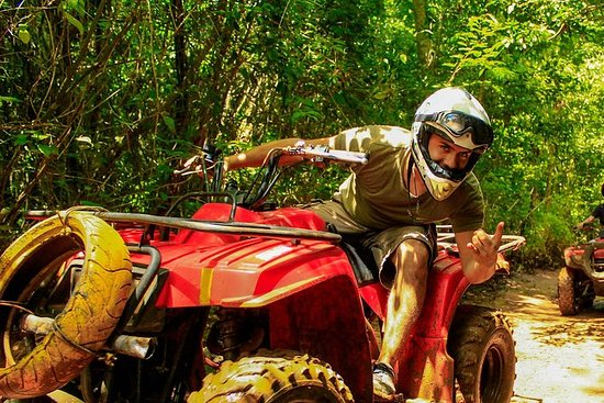 Tour combinato Quad, zipline e cenote