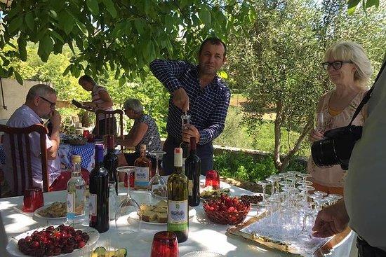 Vinsmaking Tour med lunsj i Roshnik...
