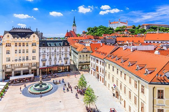 Bratislava fra Wien med bus med...