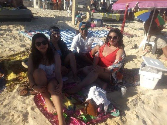 En playa mamitas con amigos