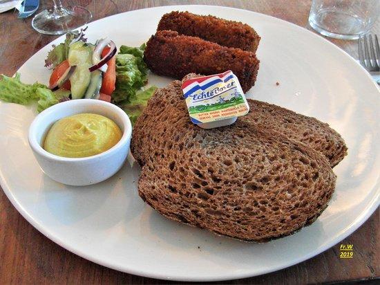 Muiderberg, The Netherlands: Een van de lunchen die we namen .