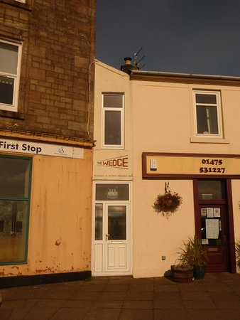 Millport, UK: The wedge - narrowest house in world