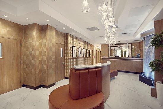 Artezen Hotel: Lobby