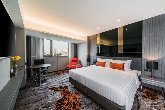Hotel Verve: Grand Deluxe : 28 sq.m., 48 inches state-of-the-art Smart TV, Mini refrigerator for refreshment.