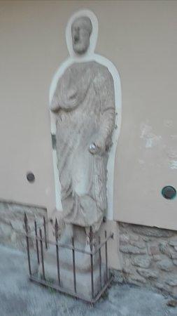 Statue of Sor Paolo Proconsul