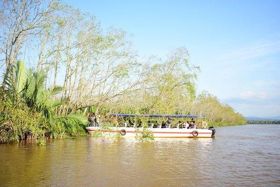 Borneo Climb & Dive: another boat