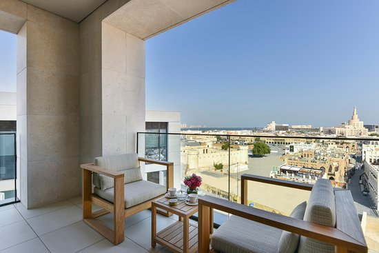 Souq Suite with a balcony, overlooking Souq Waqif