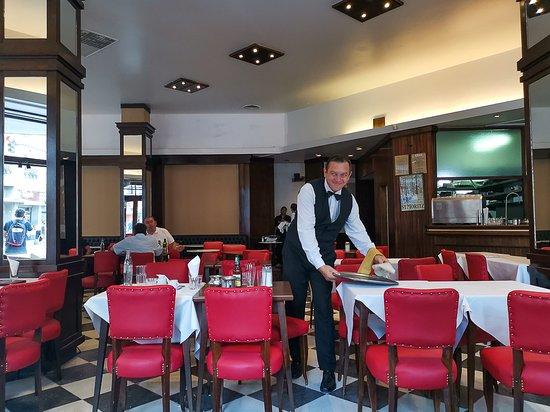 SAINT MORITZ, Buenos Aires - El Centro - Fotos, Número de Teléfono y  Restaurante Opiniones - Tripadvisor