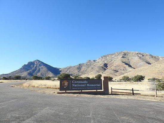 Sierra Vista, AZ: Entrance