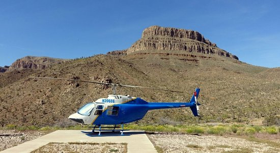 Meadview, AZ : Grand Canyon Helicopter Tour - 25 minutes of amazing views and memories to last forever.   Tour The Grand Canyon West Rim with Wild West Helicopters