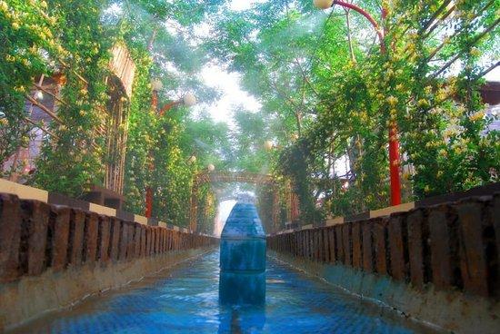 Aran va Bidgol, Iran: Grand triditional reaturant