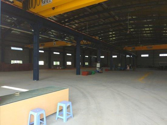 Binh Duong Province, Vietnam: bên trong nhà xưởng, sắp đi vào hoạt động rồi các bạn ạ ^^