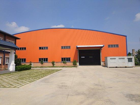 Binh Duong Province, Vietnam: Nhà xưởng sản xuất sắt thép xây dựng SDT