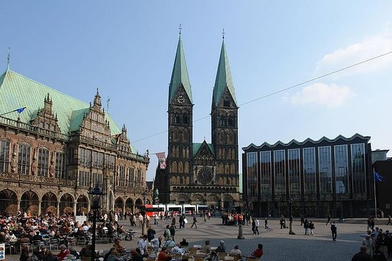 Bremen - Guided walking tour of city...