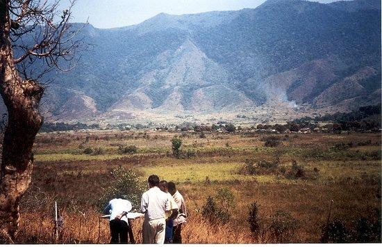 South Kivu Province, República Democrática do Congo: Souvenirs de missions d'appui au Zaïre en 1990-91, au-delà de Fizi près du Maniema