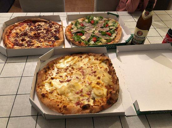 Seynod, France: #pizza #Giovanni_Pizza #Tiflette