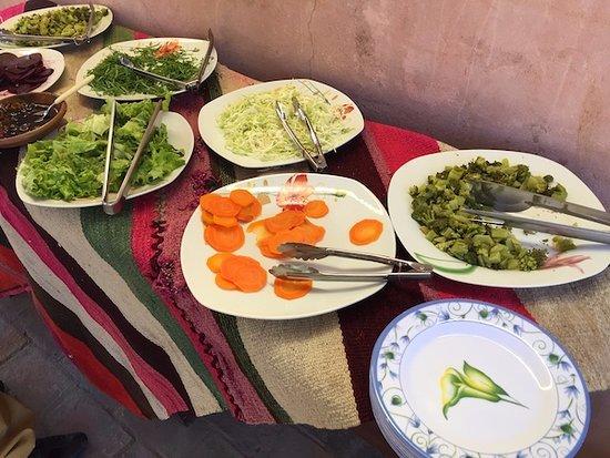 Tarabuco, Боливия: Buffet ensaladas.