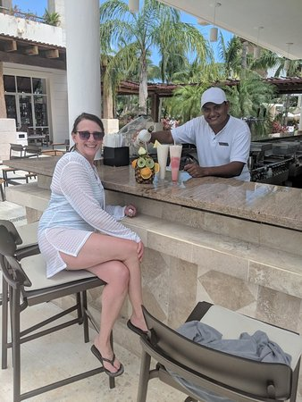 Alejandro & Angel - Finally found a pineapple monkey for my l girl!!