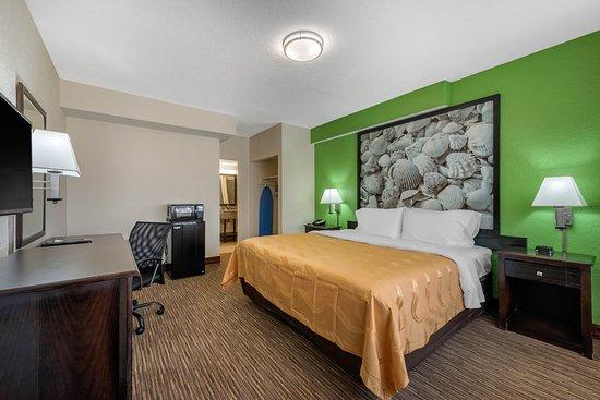 Balcony - Picture of Quality Inn, Daytona Beach - Tripadvisor