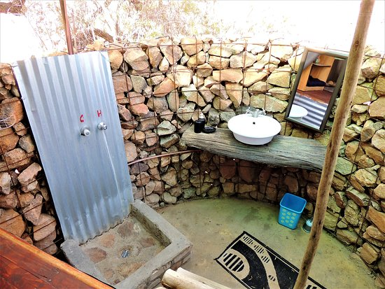 Usakos, Namibia: Rustico ma pulito e funzionale! Spitzkoppe Mountain Tended Camp.