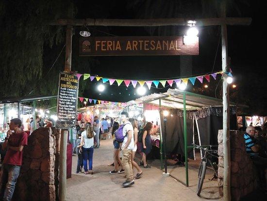 Feria artesanal de Capilla del Monte.