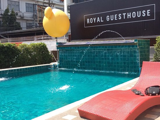 Royal Night Bazaar Hotel