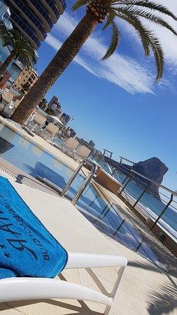 Prima hotel, foto s site zijn werkelijk.uitzicht op zee aanrader..wij zaten zes hoog,heerlijk zon op ons balkon.