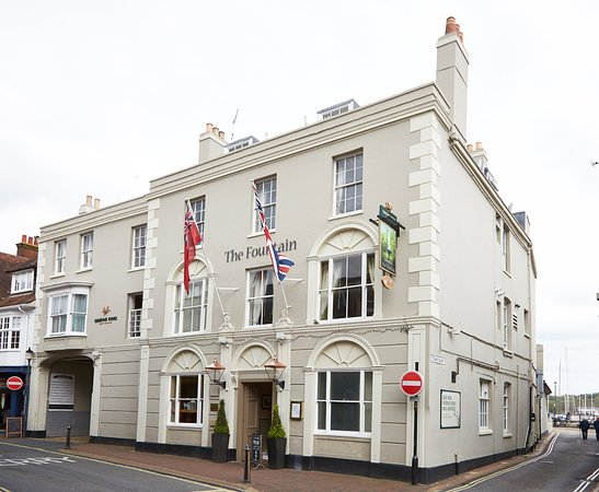 The Fountain Inn Hotel